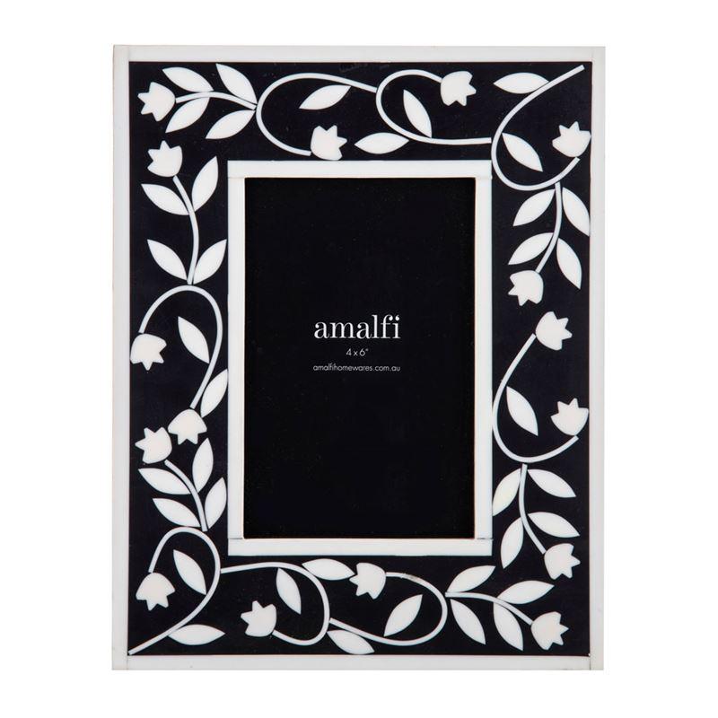 Alaia 4×6′ Photo Frame Black/White