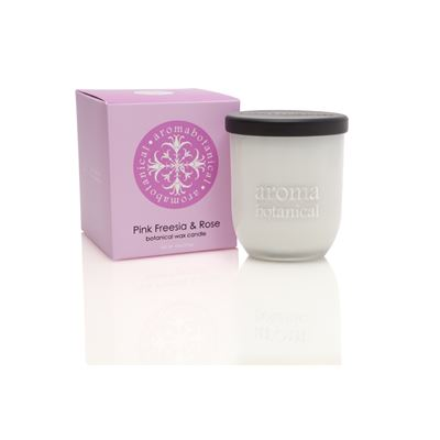 Candle Pink Freesia & Rose 140g